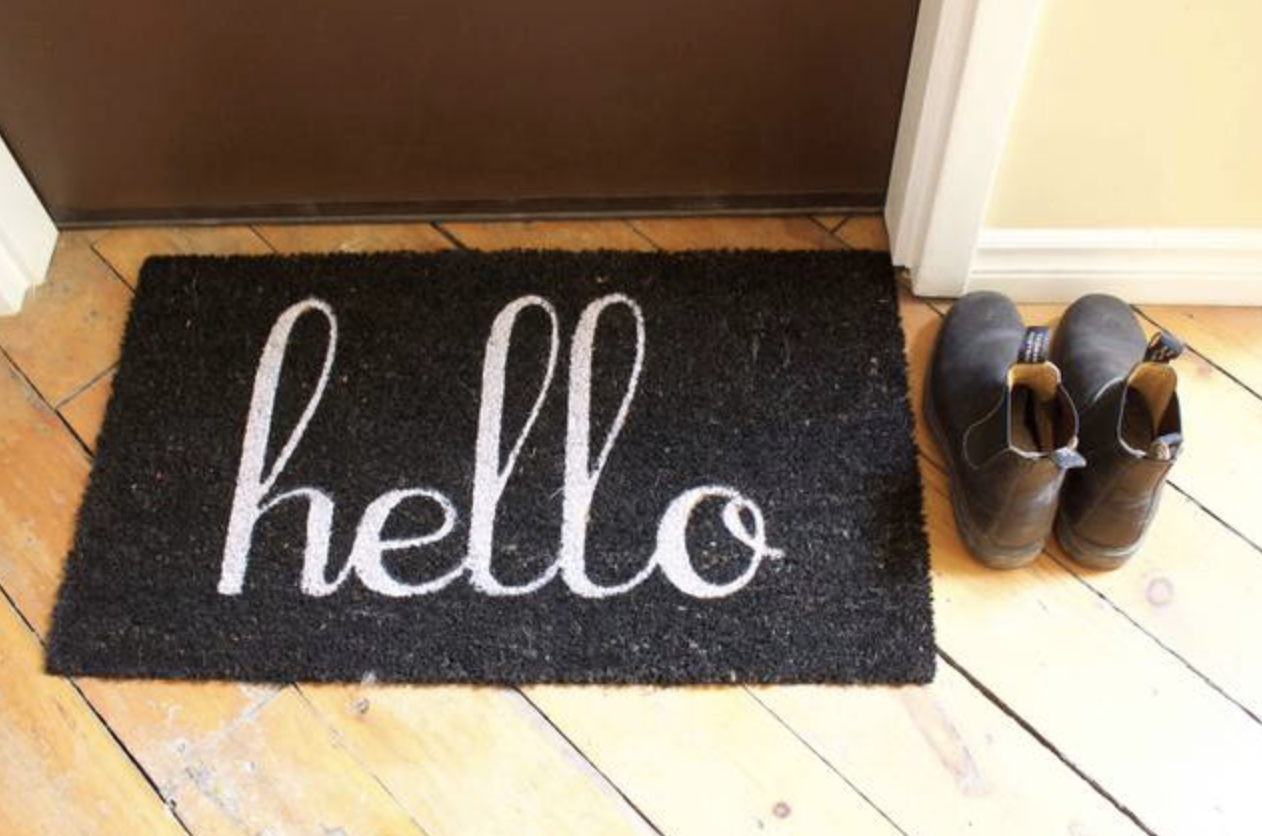 How to properly welcome your guests